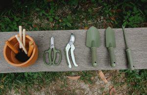 Outils de jardin en Lithium _ l'incontournable à avoir chez soi !